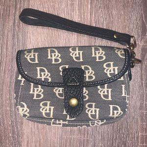Dooney & Bourke Wristlet Wallet Pouch Bag